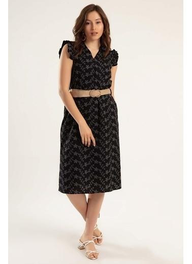 Pattaya Pattaya Kadın Yarı Düğmeli Kemerli Fırfır Kollu Elbise Y20S110-1940 Siyah